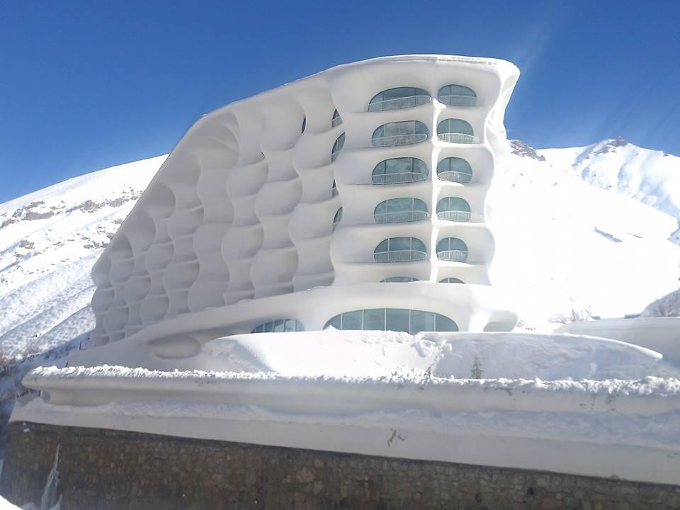 Inside Iran's amazing ski hotel